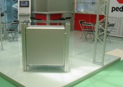 Balcão de alumínio para exposições, lojas e ambientes comerciais
