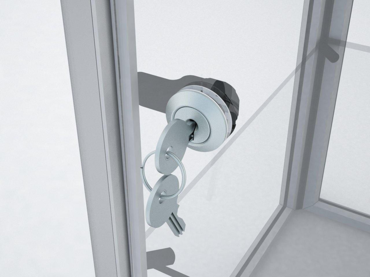 Detalhe da fechadura com lingueta P140 para segurança de vitrines com porta de vidro. Uso com o batente A906.